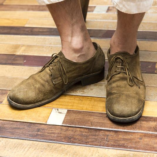 """初夏にも足元はカッチリさせたいあなたに""""スウェード靴""""をススメる理由"""