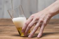 これでグッと美味くなる! 自宅でできる正しいビールの注ぎ方