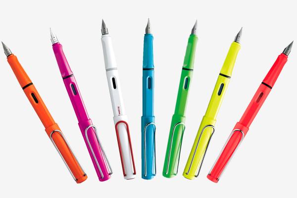 [万年筆の世界へようこそ] ラミー サファリ2015年限定カラーの「ネオンライム」が欲しい!|限定カラー