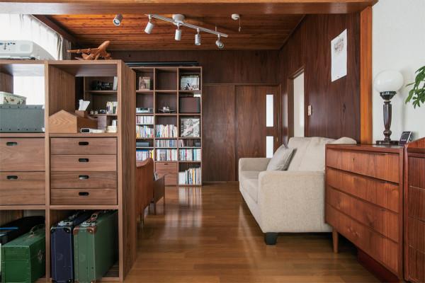部屋をおしゃれに格上げする! 味わい深い「古家具」の賢い選び方