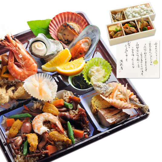 【お伊勢参りの新定番】海の幸てんこ盛りのご当地グルメ「鳥羽弁当」がスゴい!