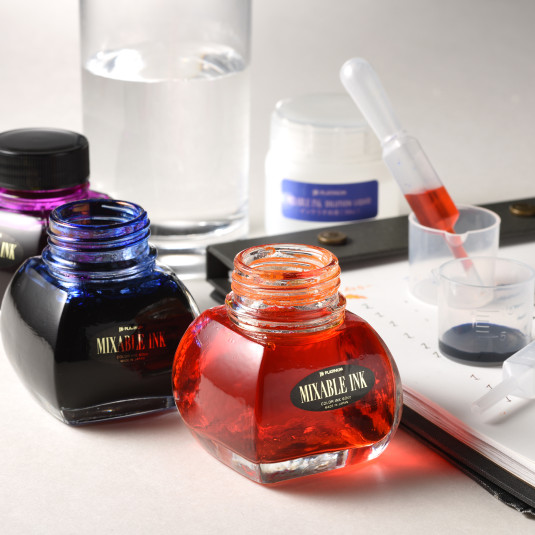 万年筆インクのカラバリは無限大!インクブレンドで自分だけのカラーが作れる