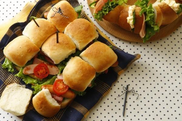 持ち寄りパーティにうってつけ 日本一簡単なちぎりパン
