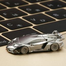 3億6000万円のランボルギーニ・ヴェネーノの1/150。さて、おいくら?