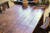 放置してない? 机&テーブルの「輪ジミ」は取れるんです!