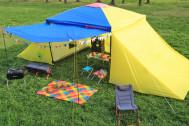 キャンプ場に3LDKのシェアハウス出現!? 簡単に広い空間を作れる『1LDKタープ』が発売