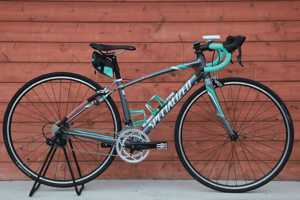 はじめてのロードバイク。走り出す前に確認したい「その自転車の装備は自分を守ってくれる?」
