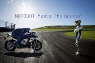囲碁の人工知能の次は、バイクライディングにロボットが挑戦!? 【ヤマハ MOTOBOT】