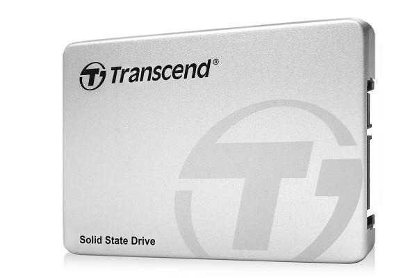 240GBのSSDが約7500円! 最大550MB/秒での書き込みも可能