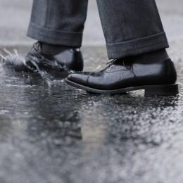 梅雨を迎える前に……革靴の雨対策、もうやった?