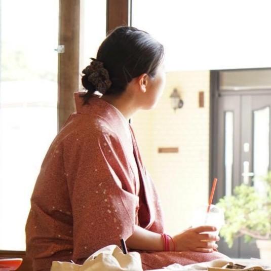 長野県・湯田中渋温泉郷に、カフェ&スペース『CHAMISE』オープン