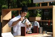 GWの京都・上賀茂神社境内で 『神山湧水珈琲』のおもてなし