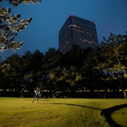 【ゴルフ】楽しむなら夏しかない。「ナイターゴルフ」に行ってみよう!