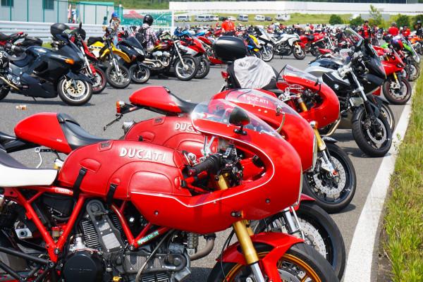 イタリアのバイク『ドゥカティ』が、日本一集まるイベントが今年は8月20日に開催される【ドゥカティ・マガジン・デー2016】