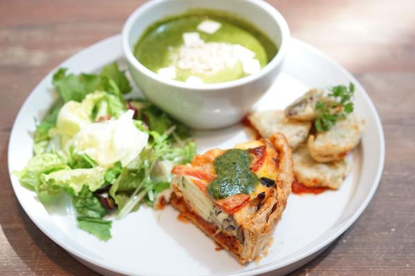 とってもヘルシー! 茅野市の地元野菜をたっぷり使ったごちそうランチ【9月末まで】