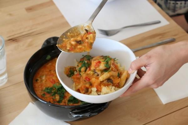 世界の家庭料理を外国語で学ぼう! 外国人が教える料理教室「Tadaku」