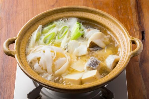 寒い夜はうまみたっぷりの魚のお鍋で決まり!