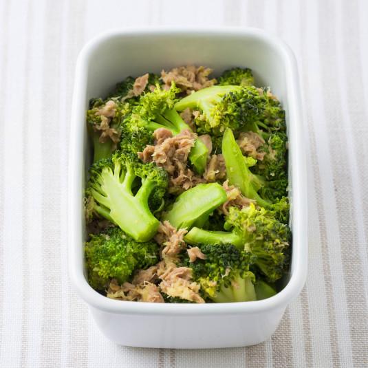 免疫力アップにも!冬においしいブロッコリーで「10分常備菜」