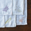 モチーフひとつで世界に唯一のオリジナルに。贈り物にもなる「ミシン刺繍」の楽しみ