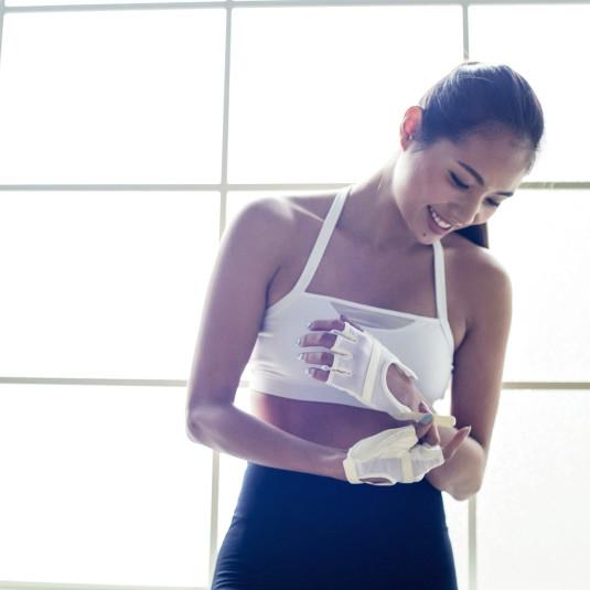 美しい人は荷物も整っている。トレーニング女子のバッグの中身を拝見