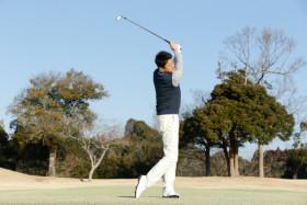 スイングの基本はシンプルだった!「腕の上下動」+「体の回転」トレーニング
