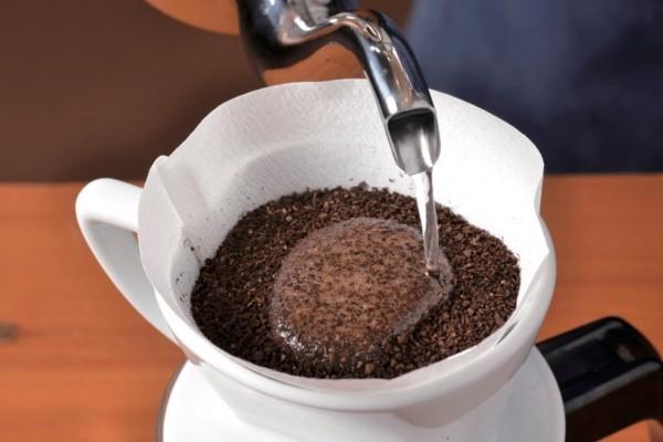 水っぽいアイスコーヒーはもういらない! プロに習う、美味しいアイスコーヒーの淹れ方!