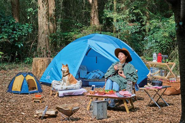 ワンコも自分も快適に。愛犬とのんびり過ごすキャンプタイム