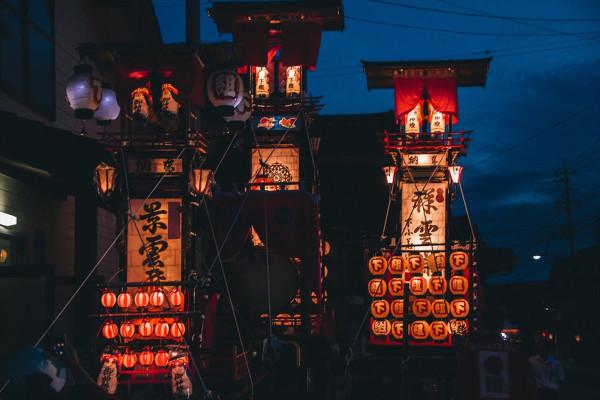 日本遺産にも認定・奥能登最大のお祭り「キリコ祭り」と「ヨバレ」へ