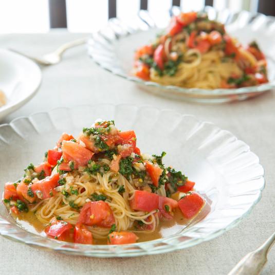 夏野菜のおいしさギュ!暑い夏にぴったりの冷たい麺レシピ3選