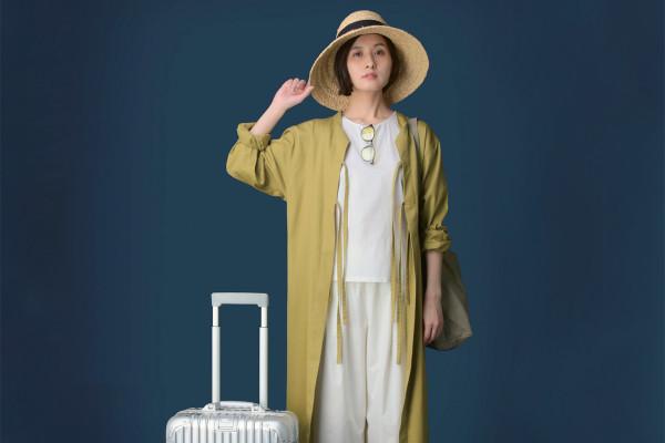 旅をもっと快適に! 軽やか&ゆったり「旅ファッション」のお役立ちブランド