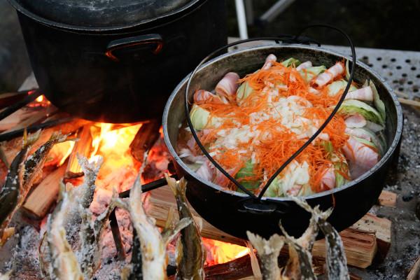 達人と一緒に作って食べる! アウトドア料理教室を各種開催【フィールアース2017】