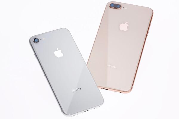 iPhone 8/8 Plusをひと足お先に開梱!【実機ファーストインプレ】
