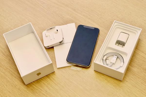 11月3日に備えよう、iPhone X箱開けと初期設定