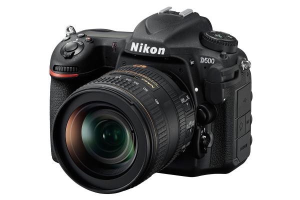 ニコンD500