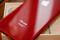 13日 金曜日発売! iPhone 8の(RED)は、夜に映えるクリムゾンレッド