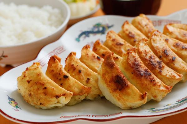 行列しても食べたい。浜松餃子の最強4店はココだ!