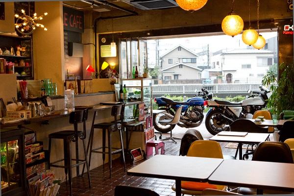 ライダーがホッとできる場所。各地に根付くライダーズカフェの魅力