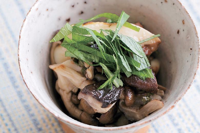 梅雨でも安心!冷蔵庫にあるあの食材で作るさっぱりヘルシーな副菜