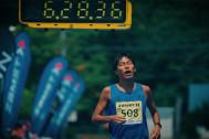 サロマ湖100kmウルトラマラソン、20年ぶりの記録更新6時間9分の舞台裏