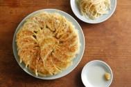 ウチの餃子はちょっと違う。料理家さんのアイデアレシピ15選