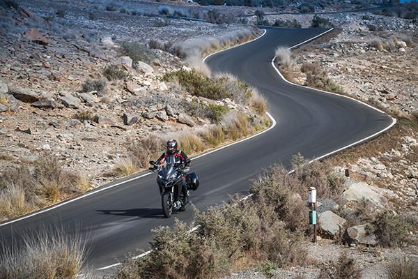 バイクツーリングのログアプリ、ドゥカティから。専用機能以外は誰でも使える!