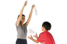親子で遊びながら頭を鍛える! ティッシュを使った脳育ドリル