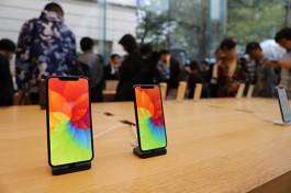 iPhone XS、XS Max発売! 表参道には11年目の今年も長蛇の列!