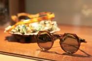ちょっと洒落た気分になるフレンチヴィンテージの眼鏡をお試しあれ!