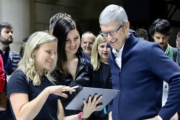 ティム・クック破顔、iPad史上最大のモデルチェンジを経たiPad Pro