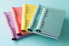 盛ってデコって自分仕様に。話題のシステム手帳「クリップブック」のココが魅力!