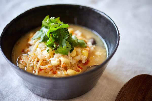 寒い日の夜食にぴったり♪肉→納豆でヘルシー&ササっと簡単「サンラータン雑炊」