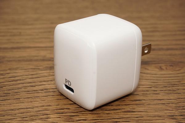 話題のAnker窒化ガリウム採用30W充電器の充電能力を計測してみる